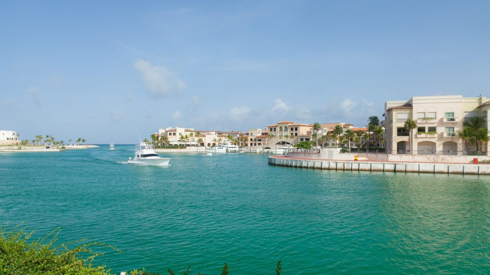 AlSol Luxury Village golf-Cap-Cana-Golf