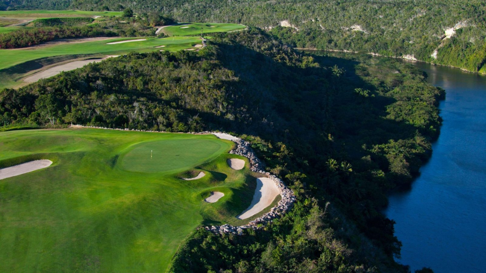 Dye-Fore-Casa-de-Campo-golf