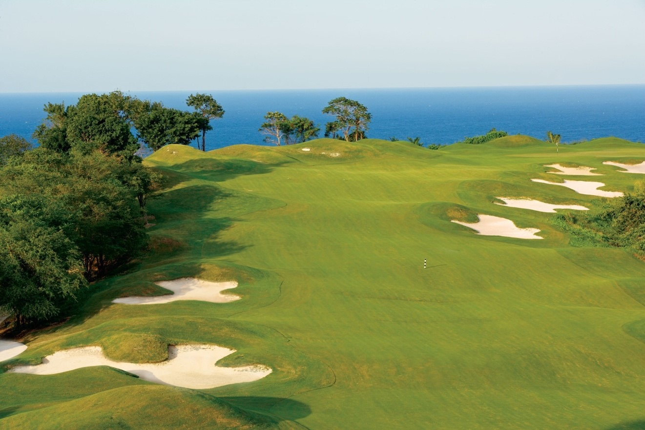 half moon golf-Jamaica-golf-white-witch
