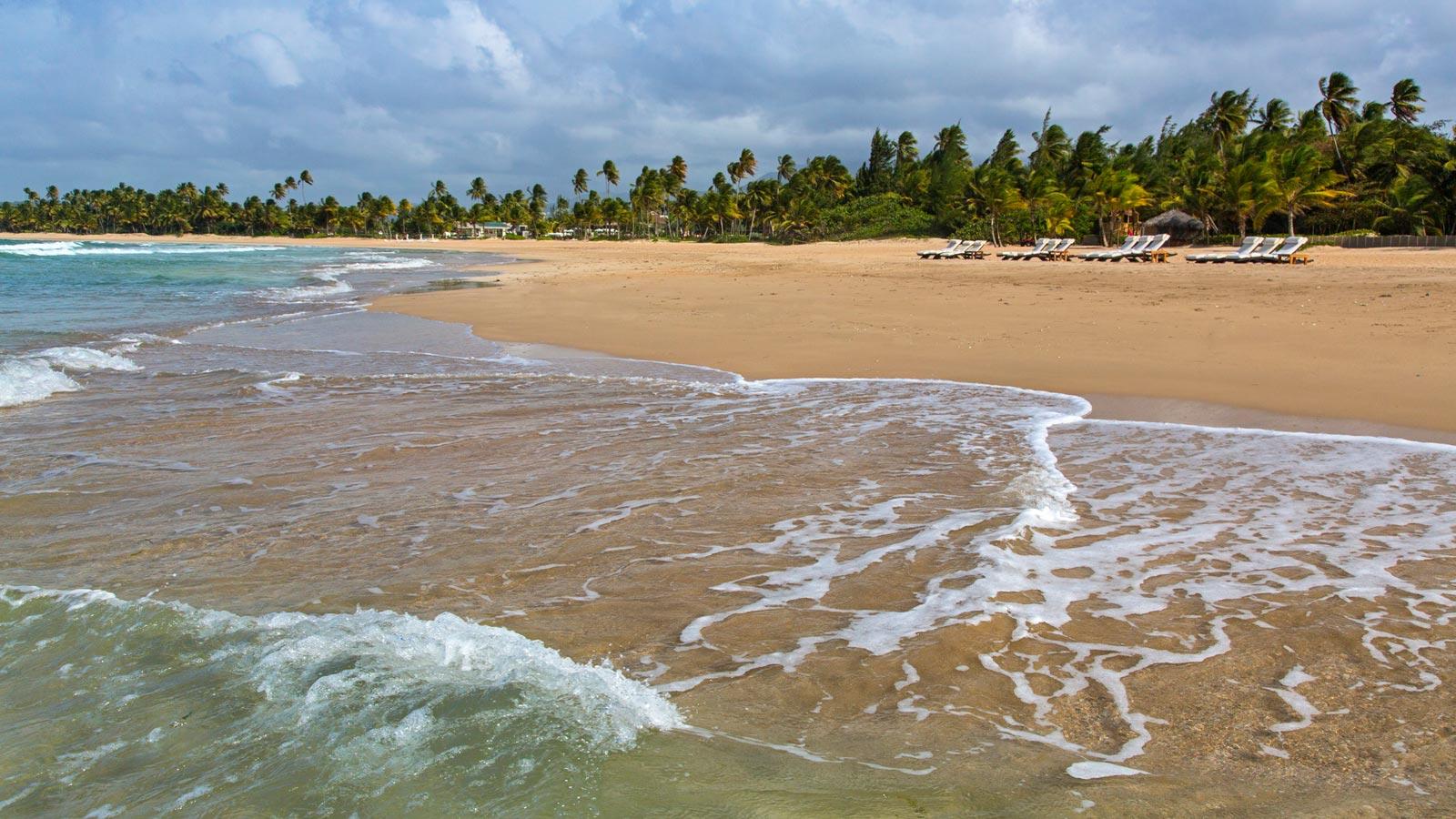 St Regis Bahia golf-Beach
